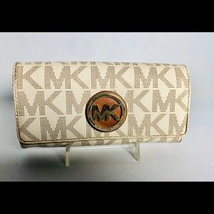 Michael Kors Signature Large Women's Wallet